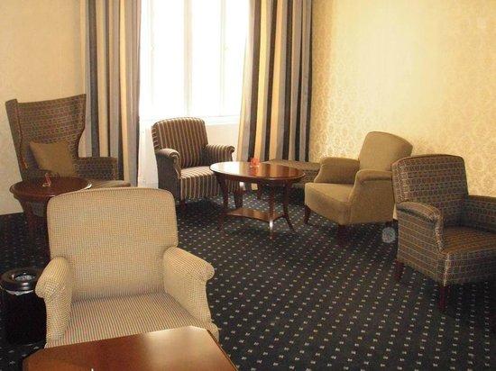 Hotel Fürst Metternich: Лобби
