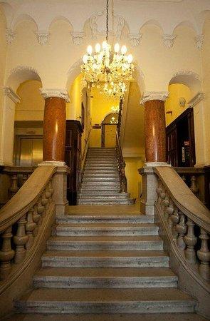 Hotel Fuerst Metternich: Внутри