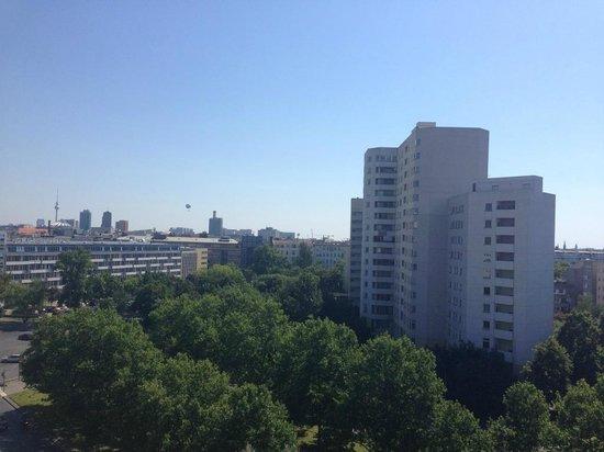 Motel One Berlin-Tiergarten: Вид из номера