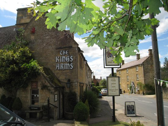 The Kings Arms: street view