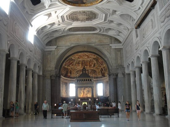 San Pedro Encadenado (San Pietro in Vincoli): Interior da Igreja