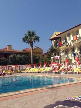 Hotel Karbel Sun : Pool