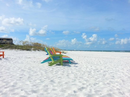 Plaza Beach Hotel - Beachfront Resort: Beachside