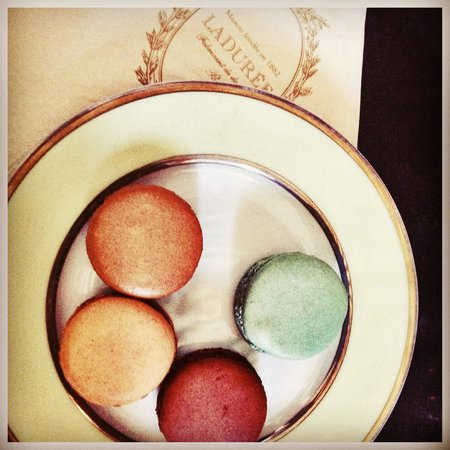 Laduree : Yum!