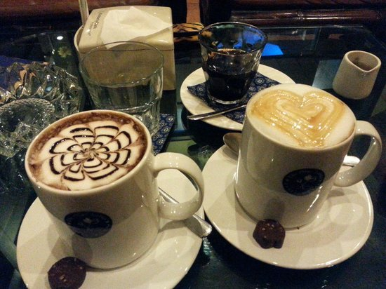 The Blue Lotus Coffee House: Hot Cafe mocca n caramel mocca