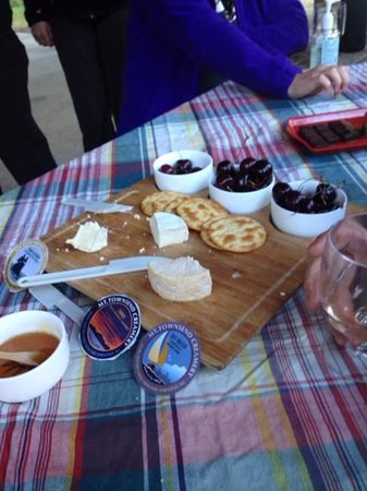 San Juan Outfitters - Day Tours : Happy Hour with wine and cheese!