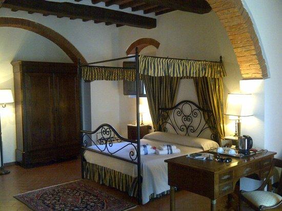 Relais Villa Petrischio: Quarto romântico