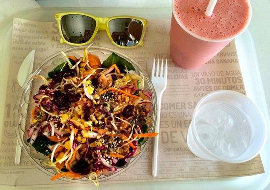 Gokela: Salmon salad