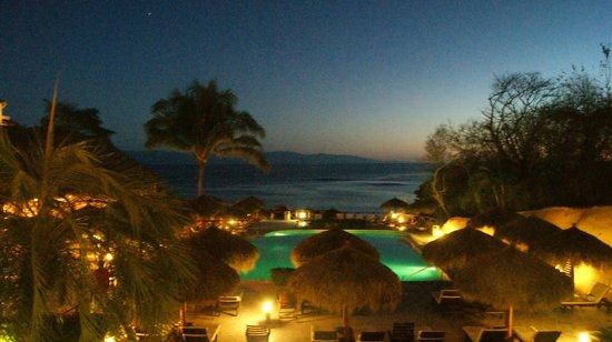 The Royal Suites Punta de Mita by Palladium: Evening