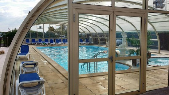 Camping Le Cormoran : Indoor Swimming Pool