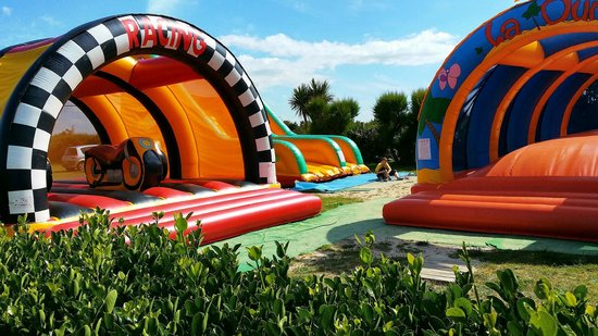 Camping Le Cormoran: Childrens Play Area
