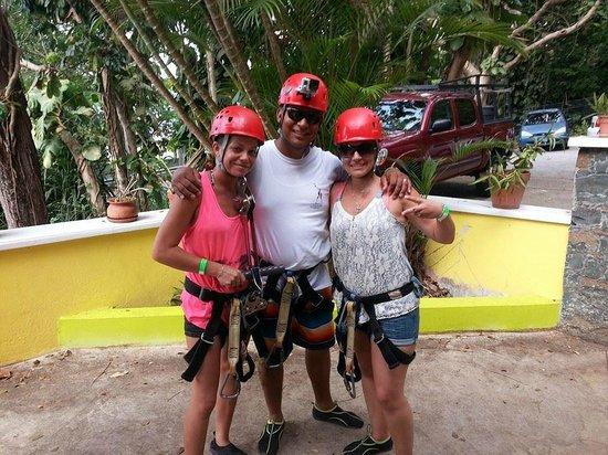 The Green Iguana Hotel : Zip Line Tour
