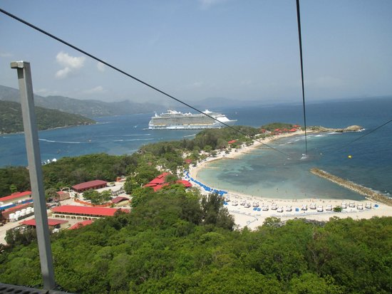 Labadee: View of Oasis of the Seas from Dragon's Breath Flight Line topside