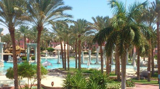 lti Tropicana Grand Azure : Main pool