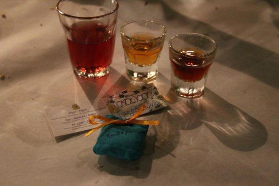 Kapari Taverna : Комплимент от таверны