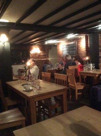 Rendezvous Wine Bar: Restaurant