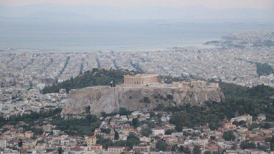 Mount Lycabettus: Vista do Monte Licabeto no final do dia.