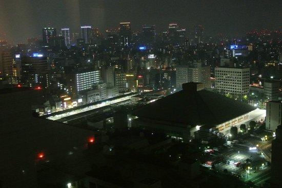 Dai-ichi Hotel Ryogoku: Night-time view from our room, with Ryogoku sumo stadium