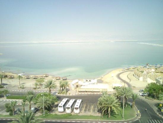 Hotel Spa Club Dead Sea : נוף מהחלון בחדר