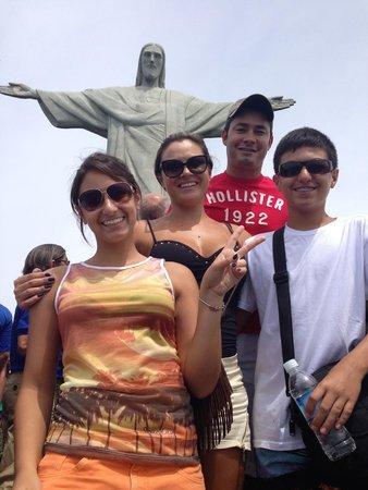 Estatua de Cristo el Redentor: Família no Cristo Redentor
