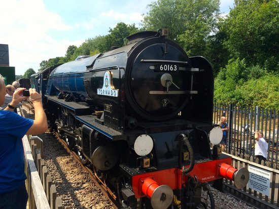 Bluebell Railway : Tornado East Grinstead