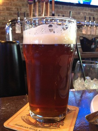 Parlay Gastropub: 3/4 filled beer