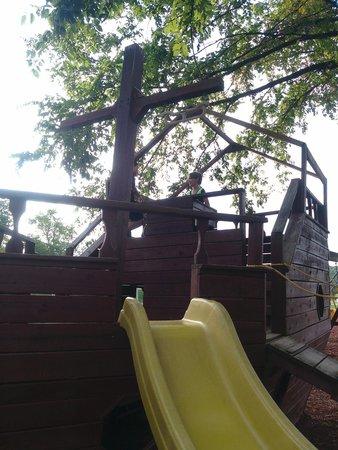 Horse Cave KOA: Pirate Ship/Play Area