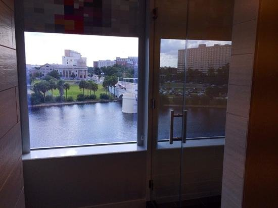 Aloft Tampa Downtown: the shower with a river view!