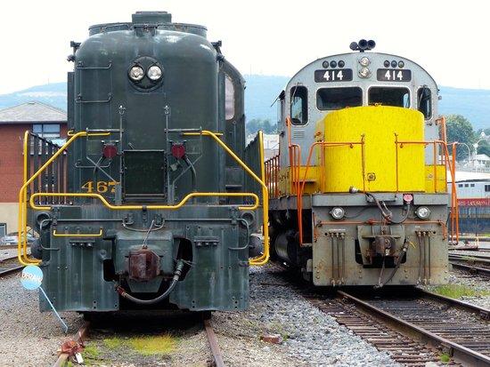 Steamtown National Historic Site: Vintage locomotives at Steamtown Park