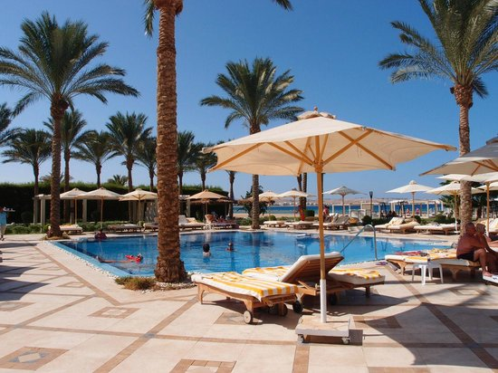 Premier Le Reve Hotel & Spa (Adults Only): Small pool