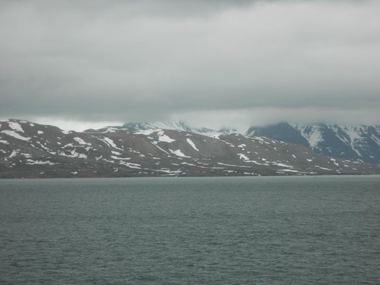 Ny Ålesund + The most Northern Town : Beautiful scenery