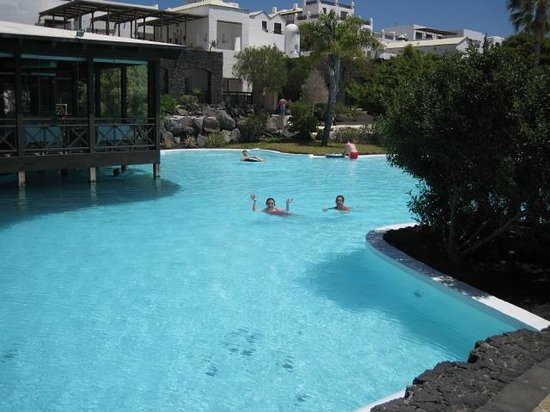 Hotel THe Volcan Lanzarote: Pool view 2
