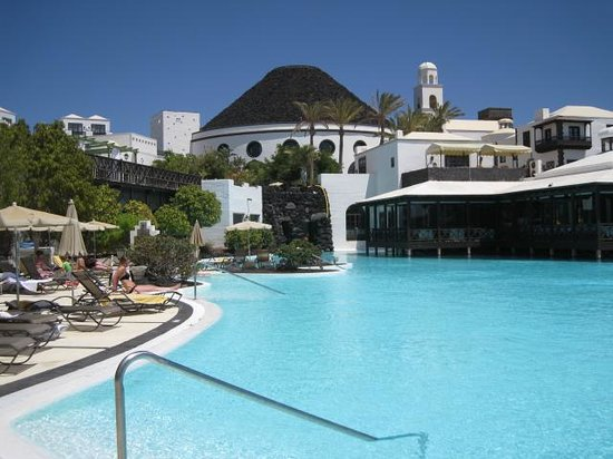 Hotel THe Volcan Lanzarote: Pool view 4
