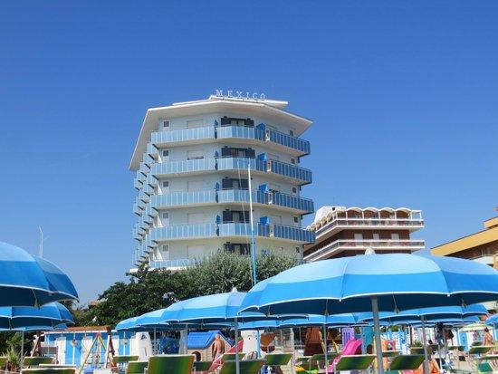 Hotel Mexico: Vista Hotel dalla spiaggia