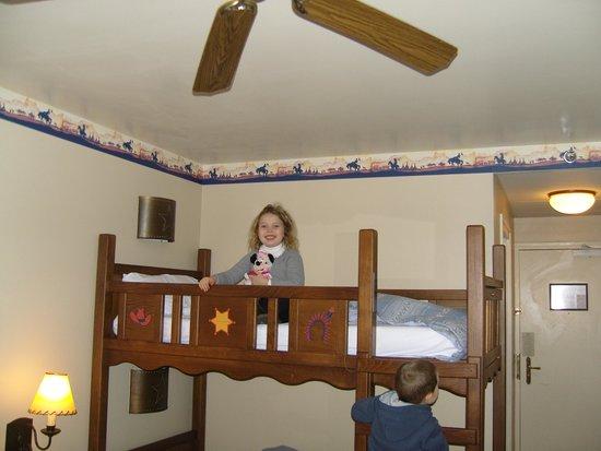 Disney's Hotel Cheyenne : lits des enfants