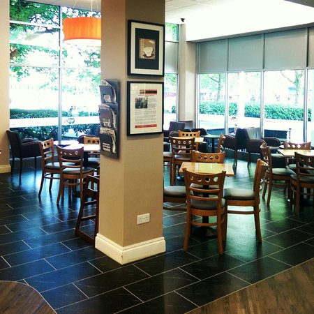 Kahawa Cafe: Morning calm before the storm