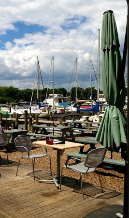 The Point Crab House & Grill: Lots of Boats on Mill Creek