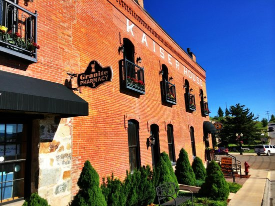 Kaiser House Lodging: Wonderful historic location in the heart of Western Montana