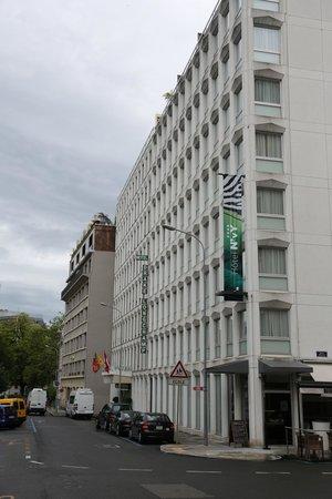 Drake Longchamp : Drake, Geneva