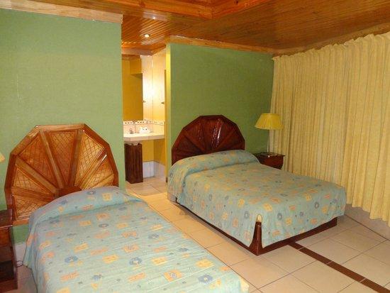 Linda Vista Hotel: Room