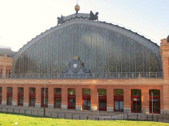 Estación de Atocha: 外観