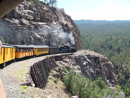 Durango and Silverton Narrow Gauge Railroad and Museum : Beautiful views.