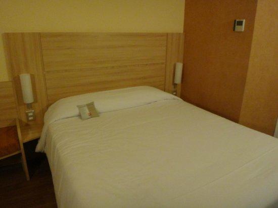 Ibis Santiago Manquehue Norte: Room
