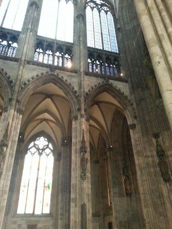 Kölner Dom: doorways