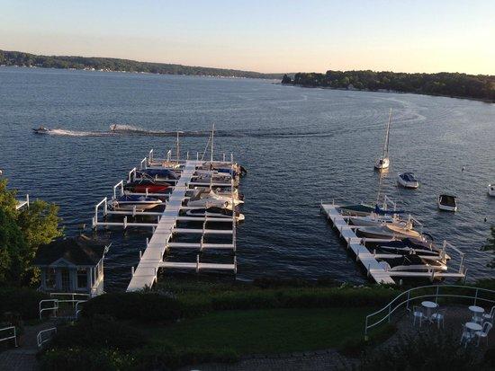 Geneva Inn: Speed boat has just broken the morning's calm