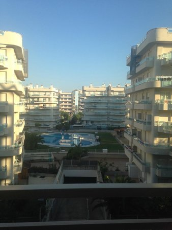 Family Life Avenida Suites: view from balcony