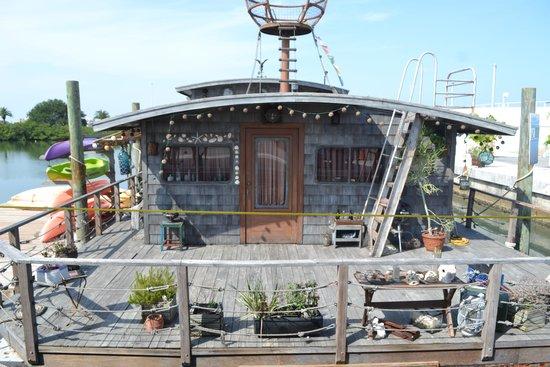 Clearwater Marine Aquarium: El barco donde vivian los protagonistas de la película