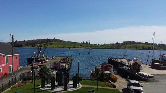 Days Inn & Conference Center - Bridgewater: lunenburg