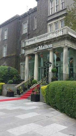 The Malton Hotel: Malton Entrance