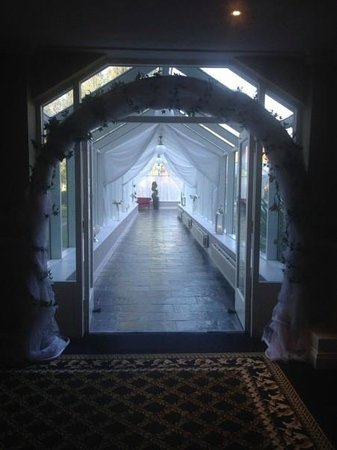 The Malton Hotel: Walkway to conference centre